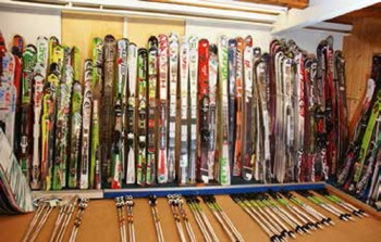 Ski Sortiment bei Zwissler-Sport