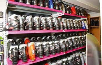 Boots Sortiment bei Zwissler-Sport